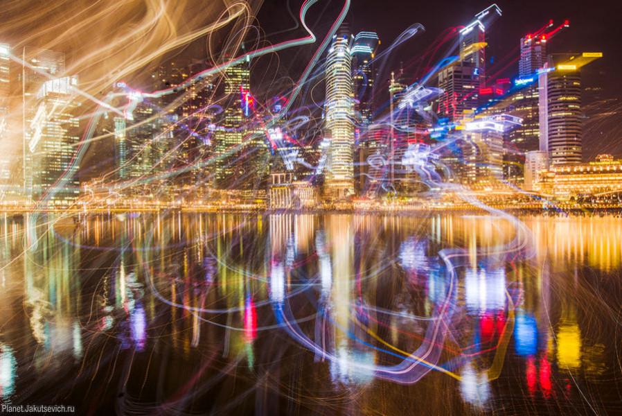 Снимаем ночной город креативно - Небоскребы Сингапура