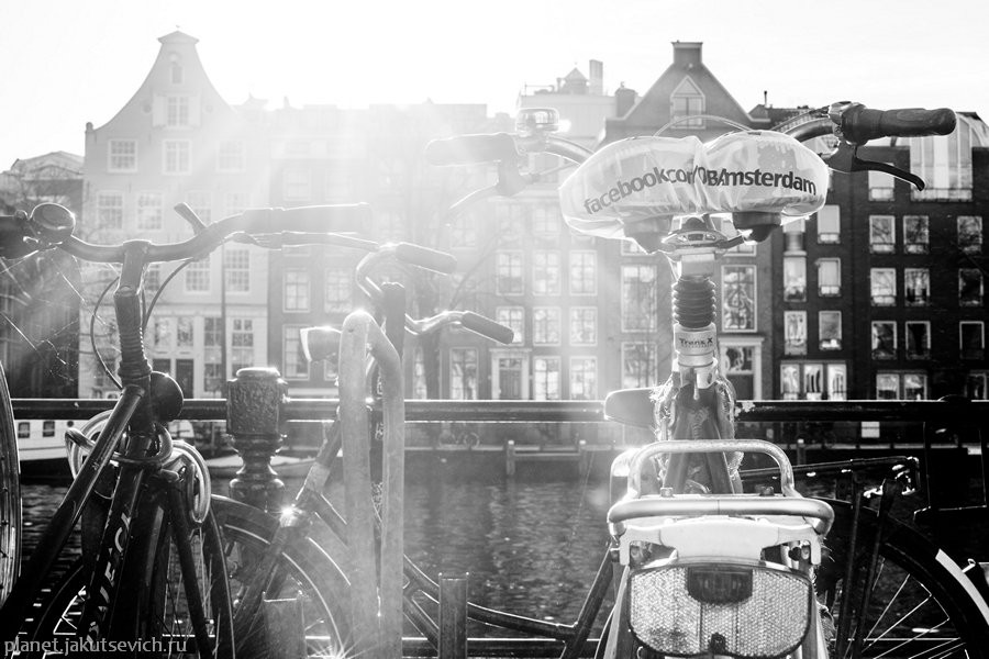 19_Amsterdam-black-white-day-dec-2012