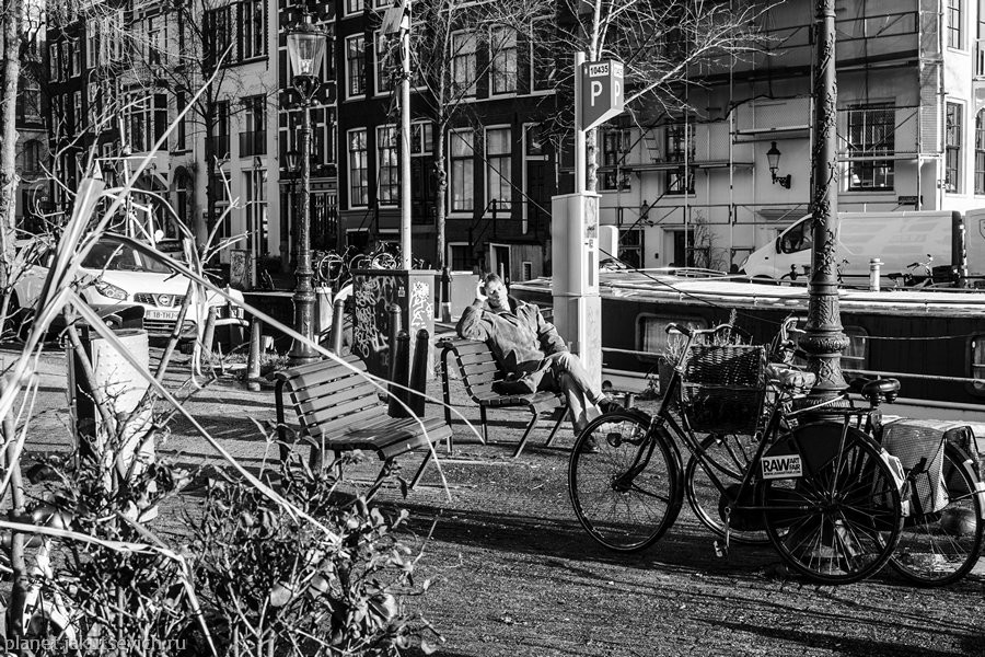 23_Amsterdam-black-white-day-dec-2012