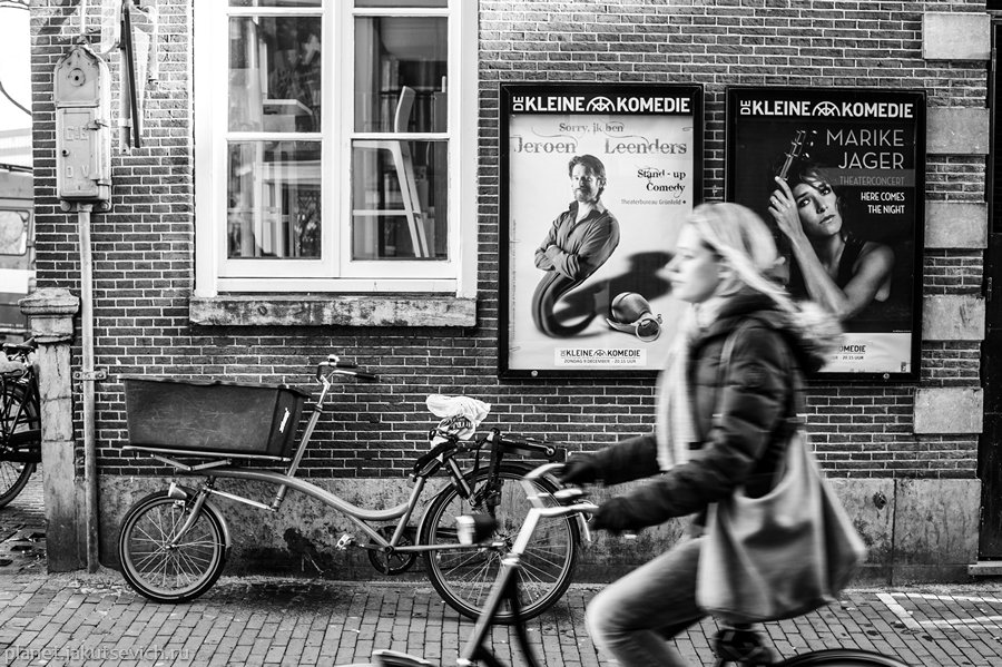 24_Amsterdam-black-white-day-dec-2012