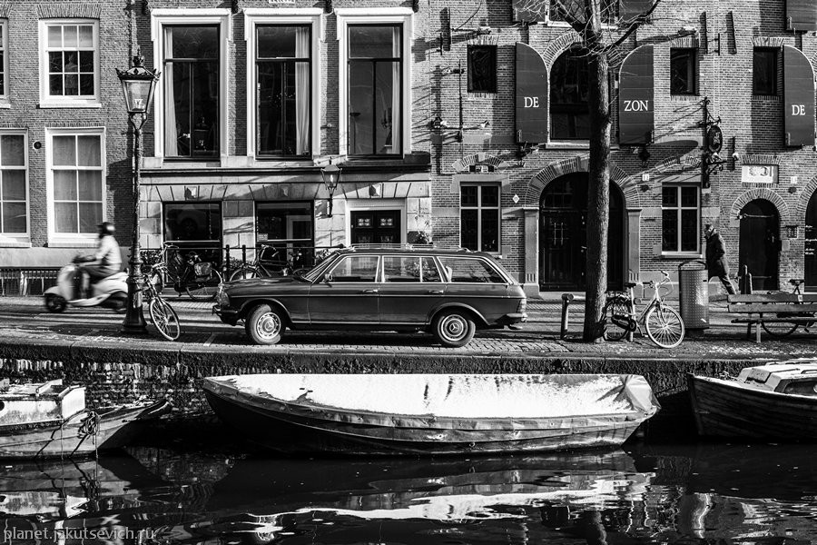 27_Amsterdam-black-white-day-dec-2012