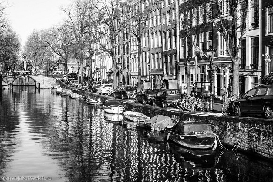 28_Amsterdam-black-white-day-dec-2012