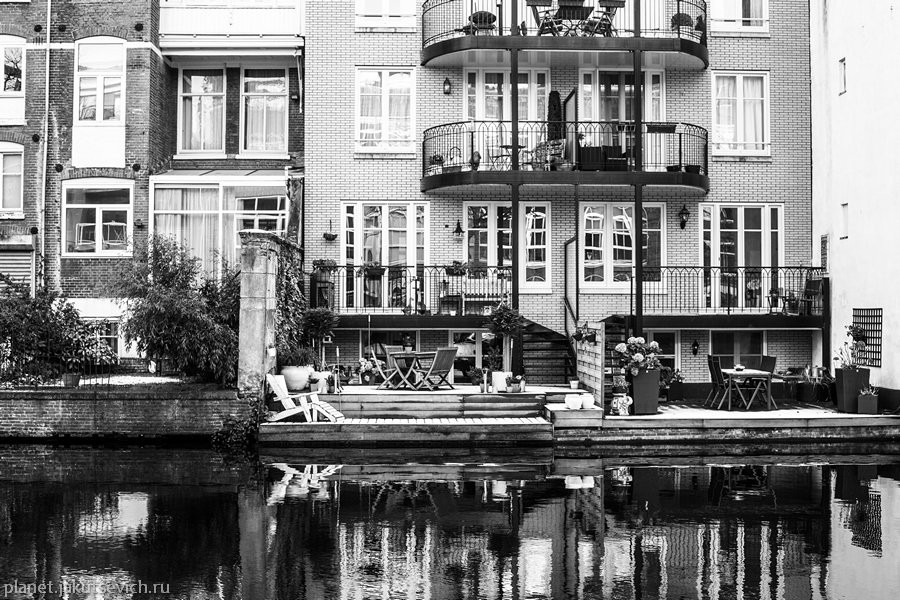 33_Amsterdam-black-white-day-dec-2012
