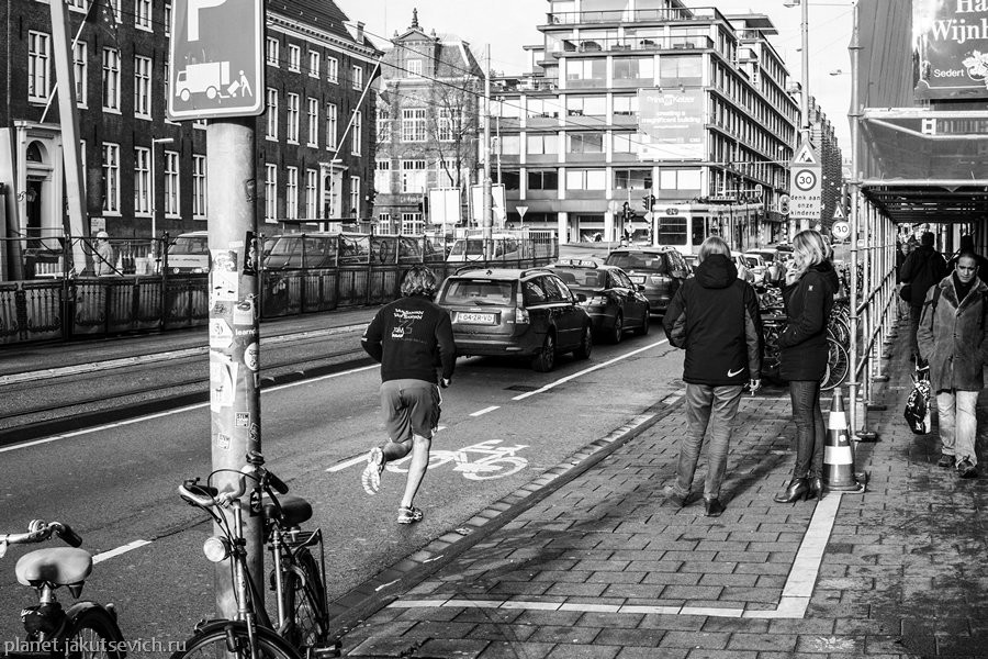 37_Amsterdam-black-white-day-dec-2012