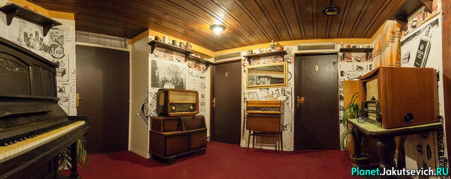 Интересные места - необычный туалет в ресторане в Праге
