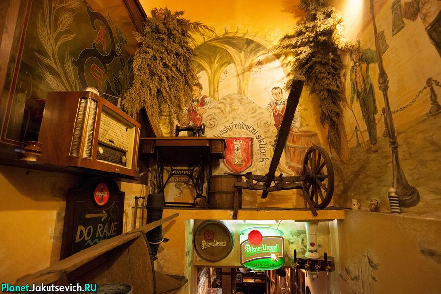 Интерьер ресторана в Праге