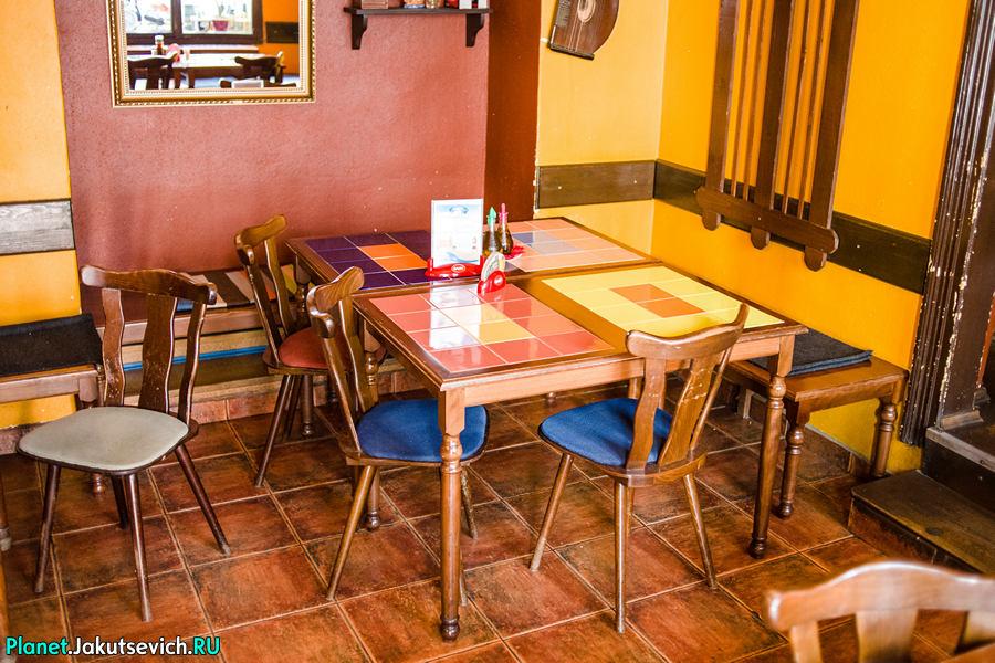 Restoran-v-Prage-Mon-Ami-19