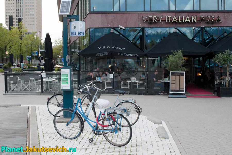 Итальянский ресторан в Роттердаме Very Italian Pizza