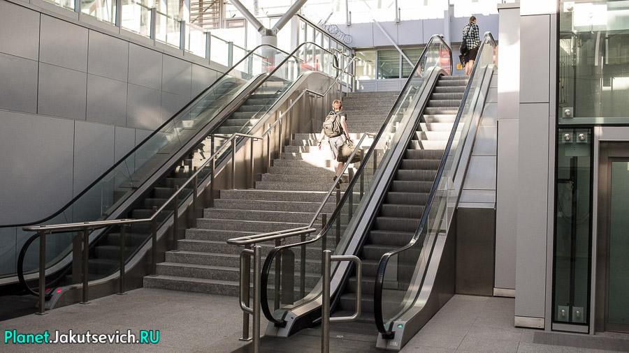 Kak-dobratsa-v-aeroport-Frederika-Shopena-v-Warshawe-15