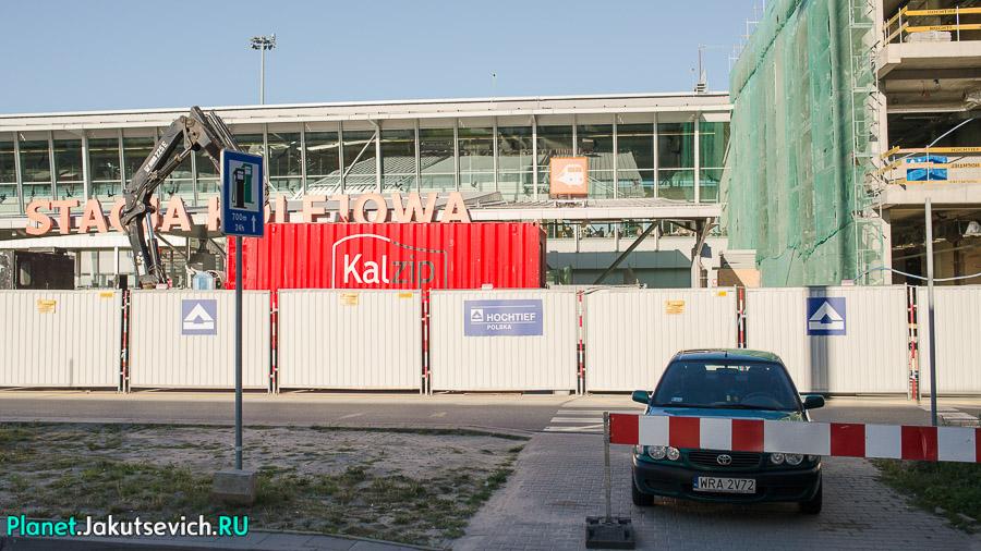 Kak-dobratsa-v-aeroport-Frederika-Shopena-v-Warshawe-21