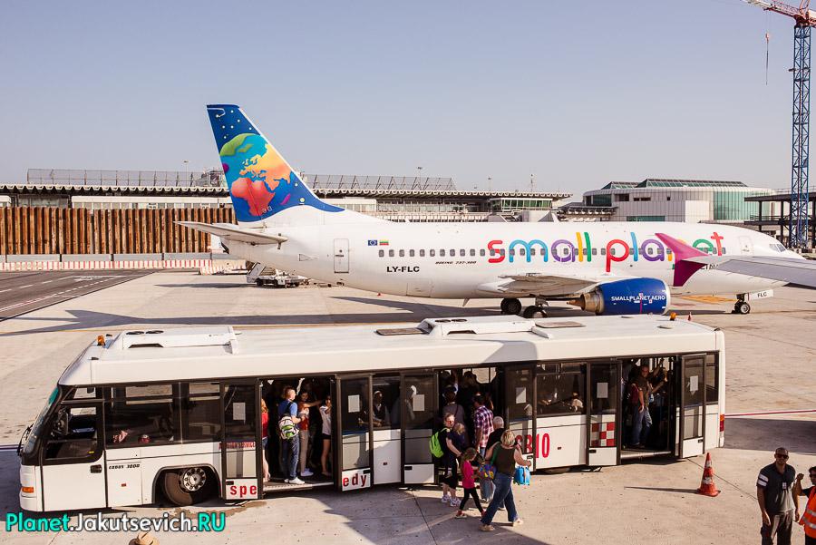 Kak-dobratsa-v-aeroport-Frederika-Shopena-v-Warshawe-33