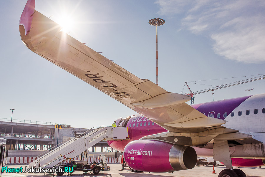 Kak-dobratsa-v-aeroport-Frederika-Shopena-v-Warshawe-35