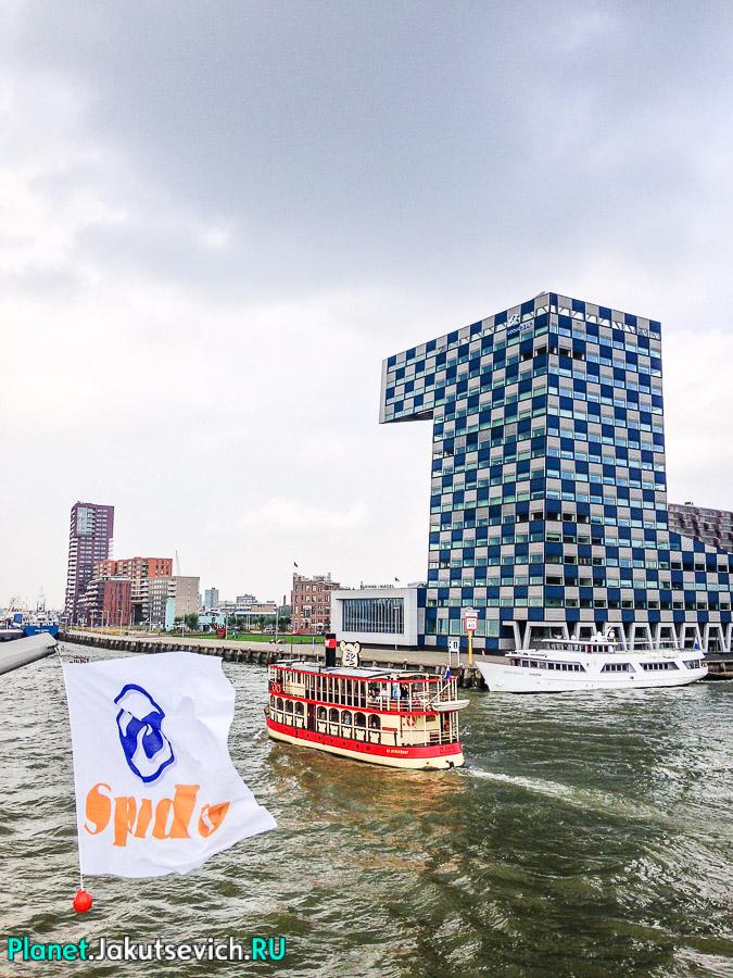 Прогулка-по-Роттердаму-кораблик-08