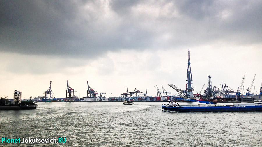 Прогулка-по-Роттердаму-кораблик-10