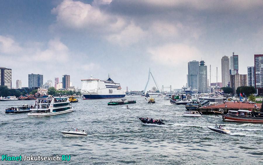 Прогулка-по-Роттердаму-кораблик-17