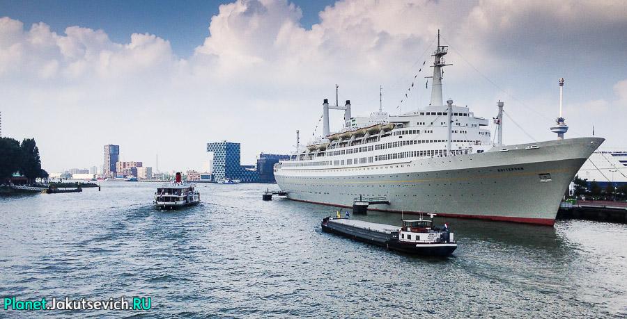 Прогулка-по-Роттердаму-кораблик-20