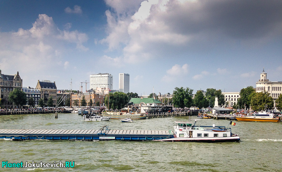Прогулка-по-Роттердаму-кораблик-24