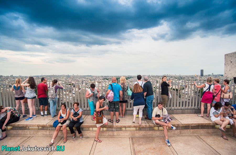 Триумфальная арка в Париже - смотровая площадка